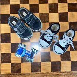 Baby boy size 4/5 kidgets shoes